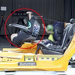 test warnt vor mangelhaftem Autokindersitz-Set Meldung