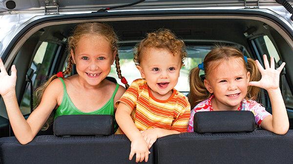 kindersitze einbauen - bei welchen autos es passt - stiftung warentest