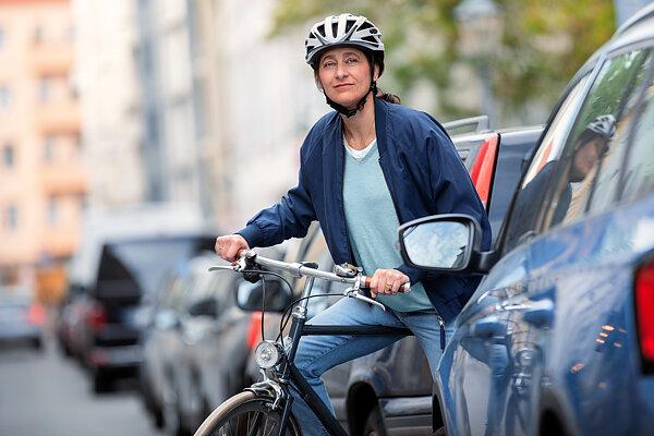 fahrradhelme im test  die besten für erwachsene