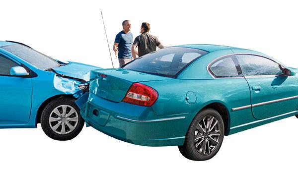 Schadensabwicklung Nach Autounfall So Tricksen Die Versicherer
