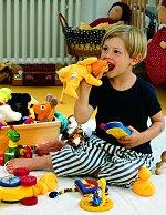 spielzeug f r kleinkinder ein h ssliches entlein test. Black Bedroom Furniture Sets. Home Design Ideas